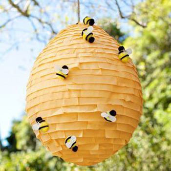 Buzz-worthy Bee Themed Paper Crafting Projects