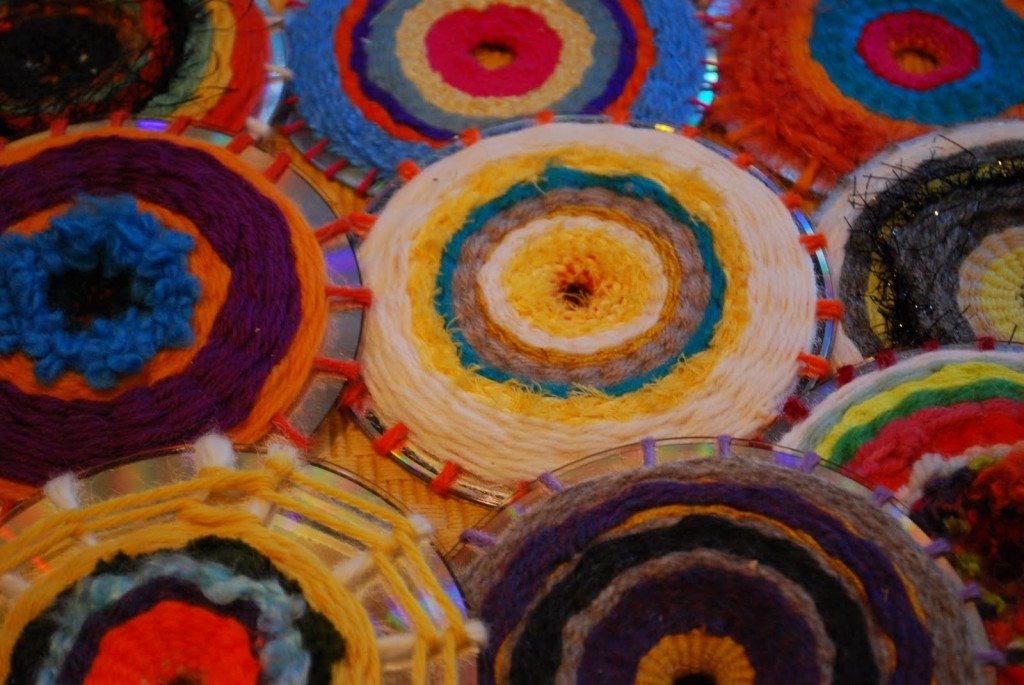 Spectacular CD Weaving