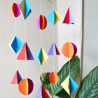 12 museum worthy diy paper mobiles craft paper scissors mob12 solutioingenieria Images