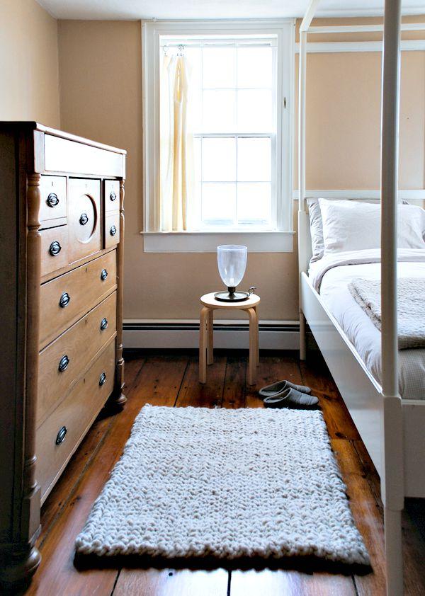 Dorm Decorating Ideas & Dorm Room Hacks: 14 DIY Dorm Room Ideas - Craft Paper Scissors