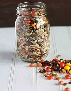 Fall Snack Mix in a Jar