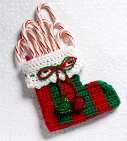 Mini Christmas Stocking Knitting Pattern Easy : Crocheted Mini Stocking + Simplicity Giveaway - Craft Paper Scissors