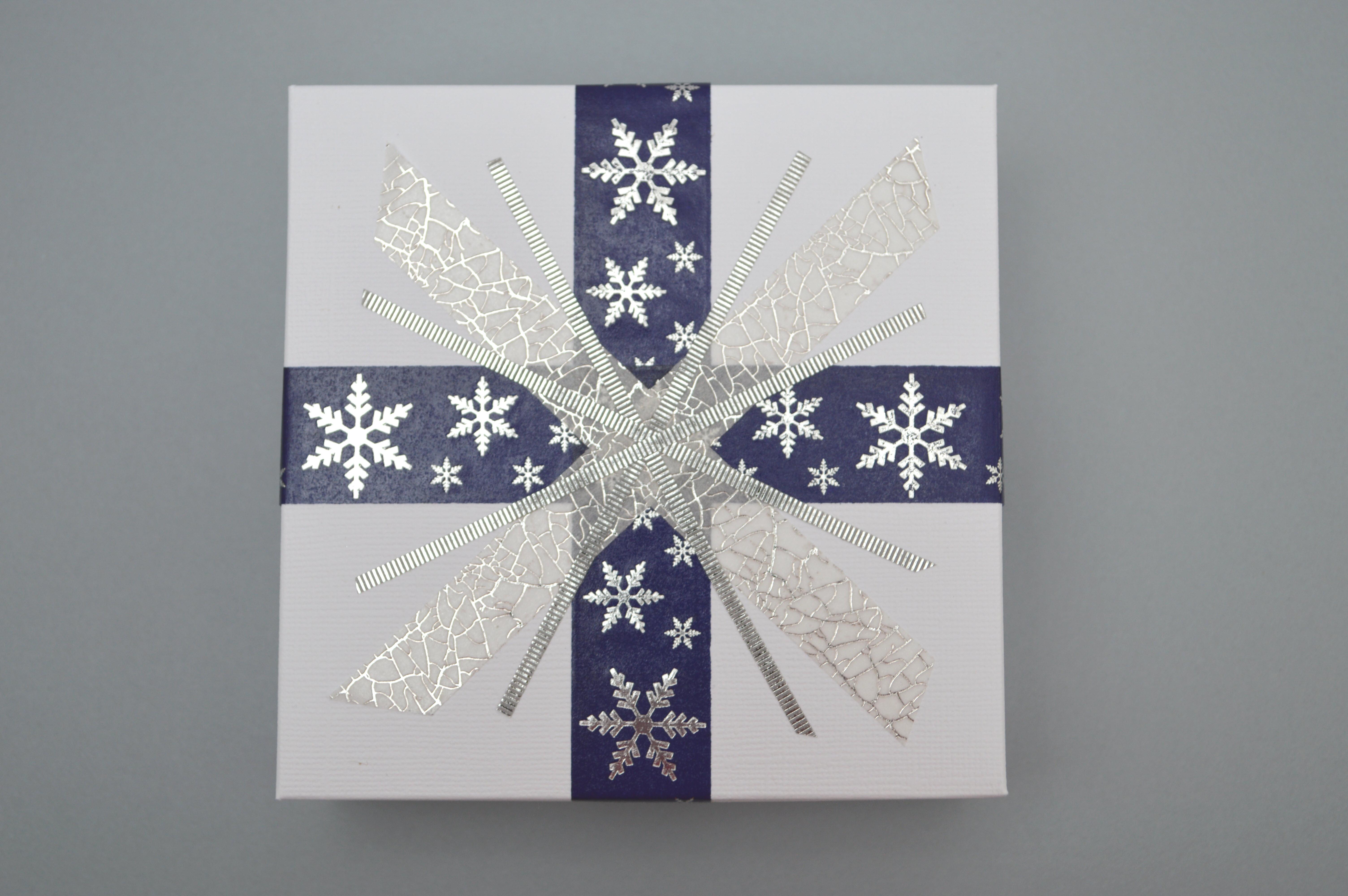 Snowflake Gift Box Set