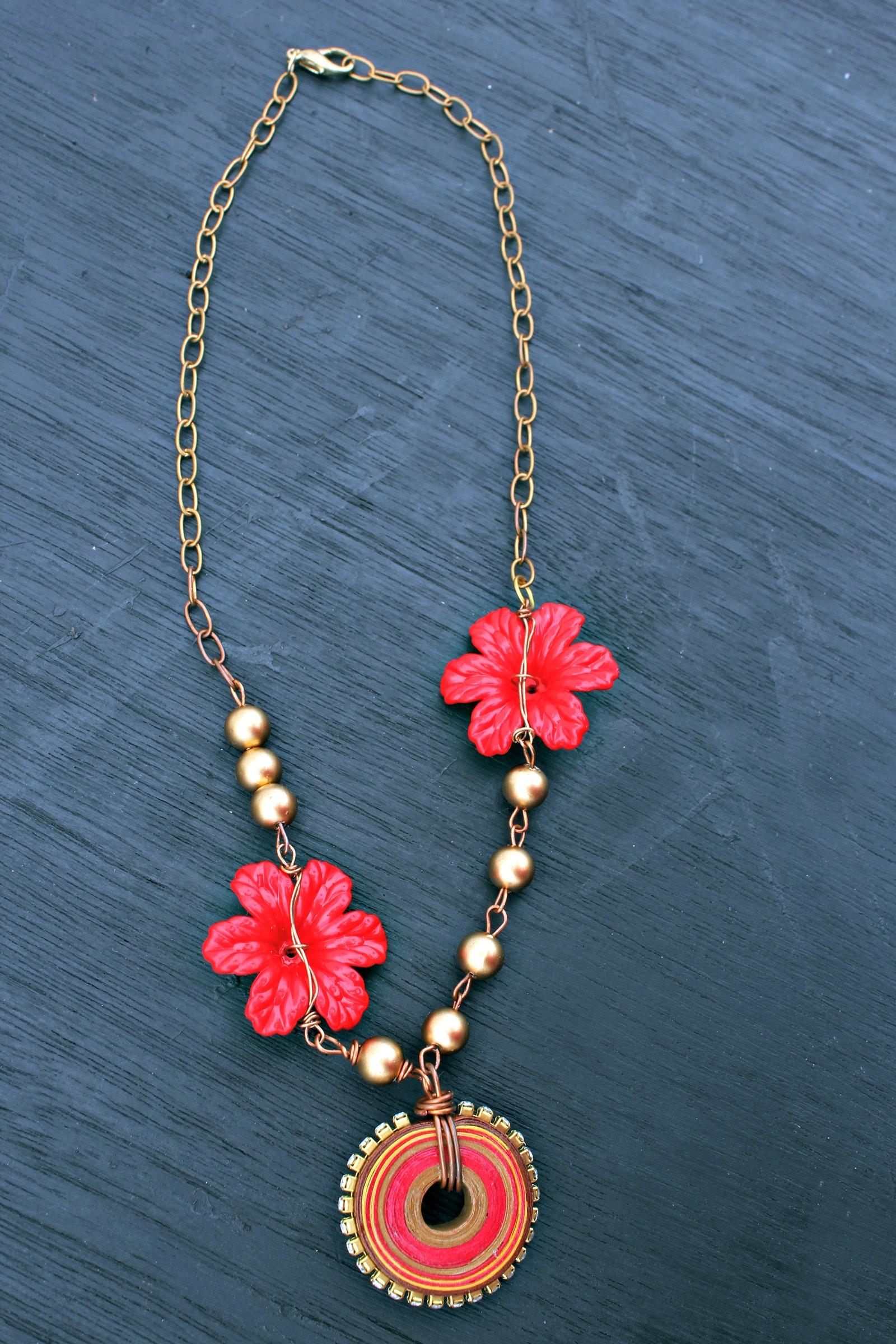 Pinwheel and Poinsettia DIY Necklace
