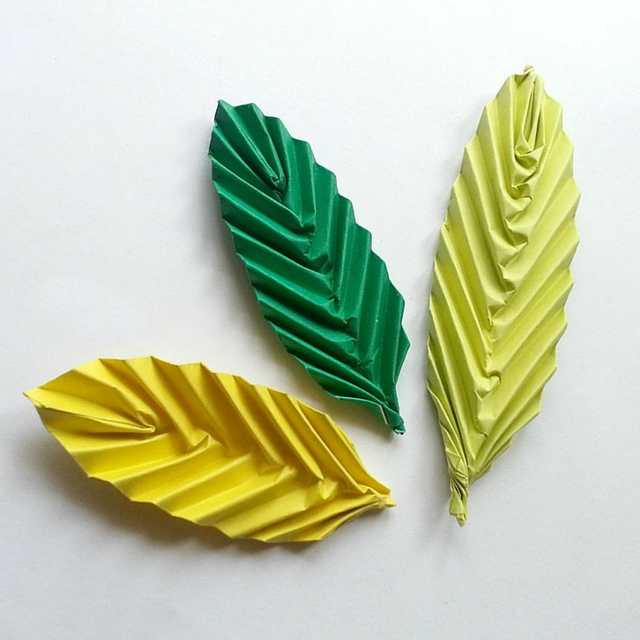 Darling DIY Origami Leaf