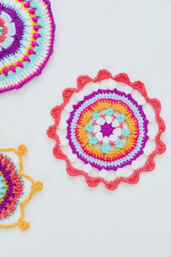 3 Bright Bohemian Mandalas to Crochet