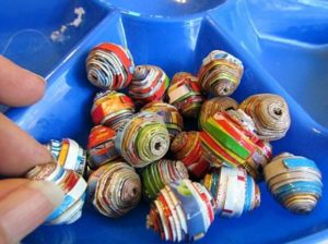 How to Make Paper Beads Out of Cereal Boxes