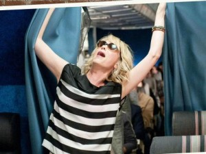 bridesmaids_movie_in-the-airplain