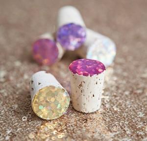 DIY Glitter Wine Stoppers