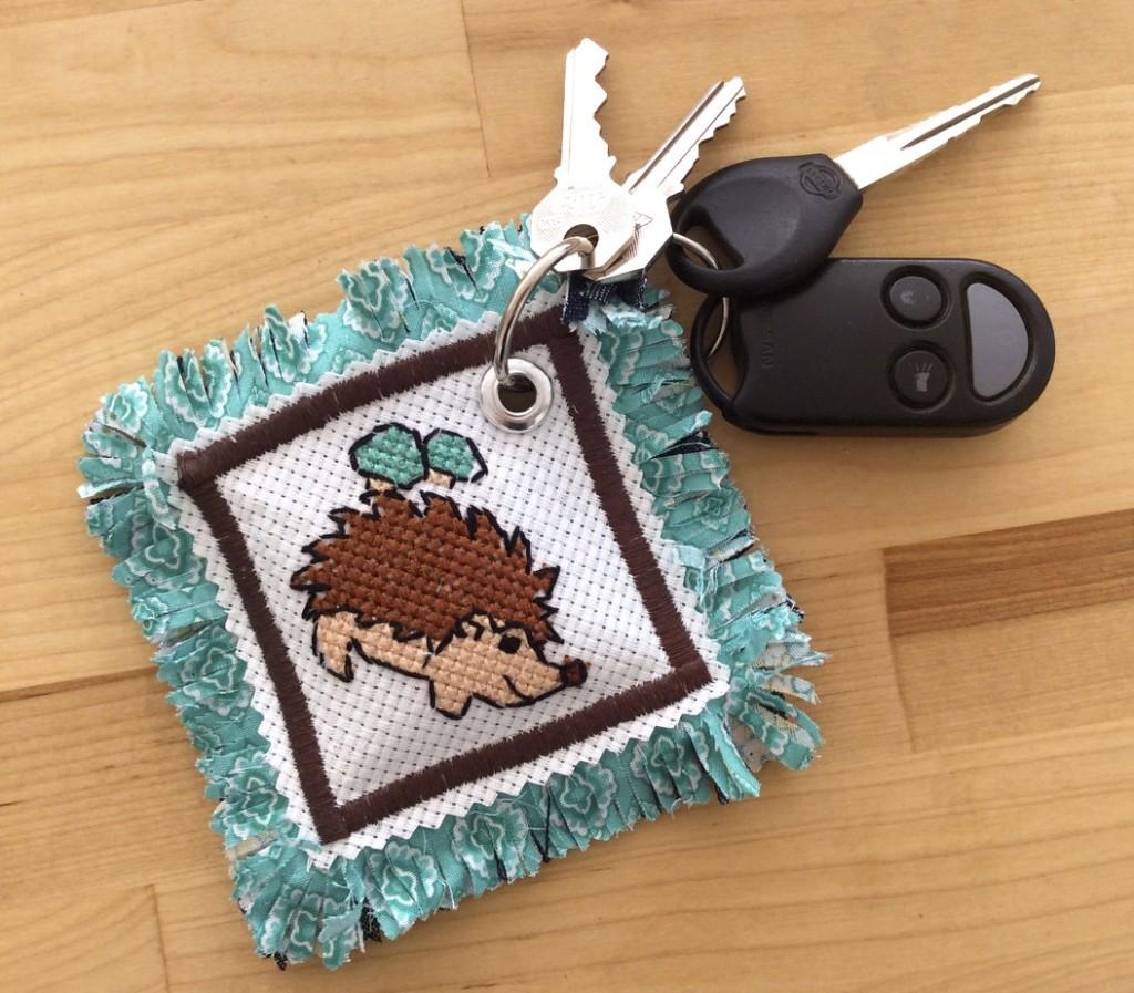 hedgehog-keychain