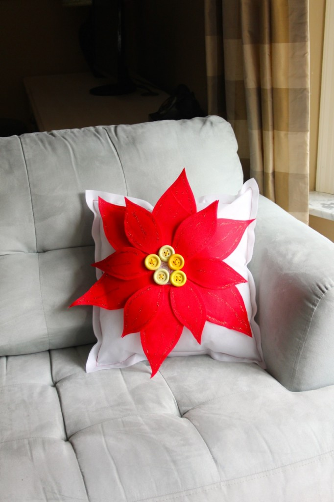poinsettia pillow with olyfun