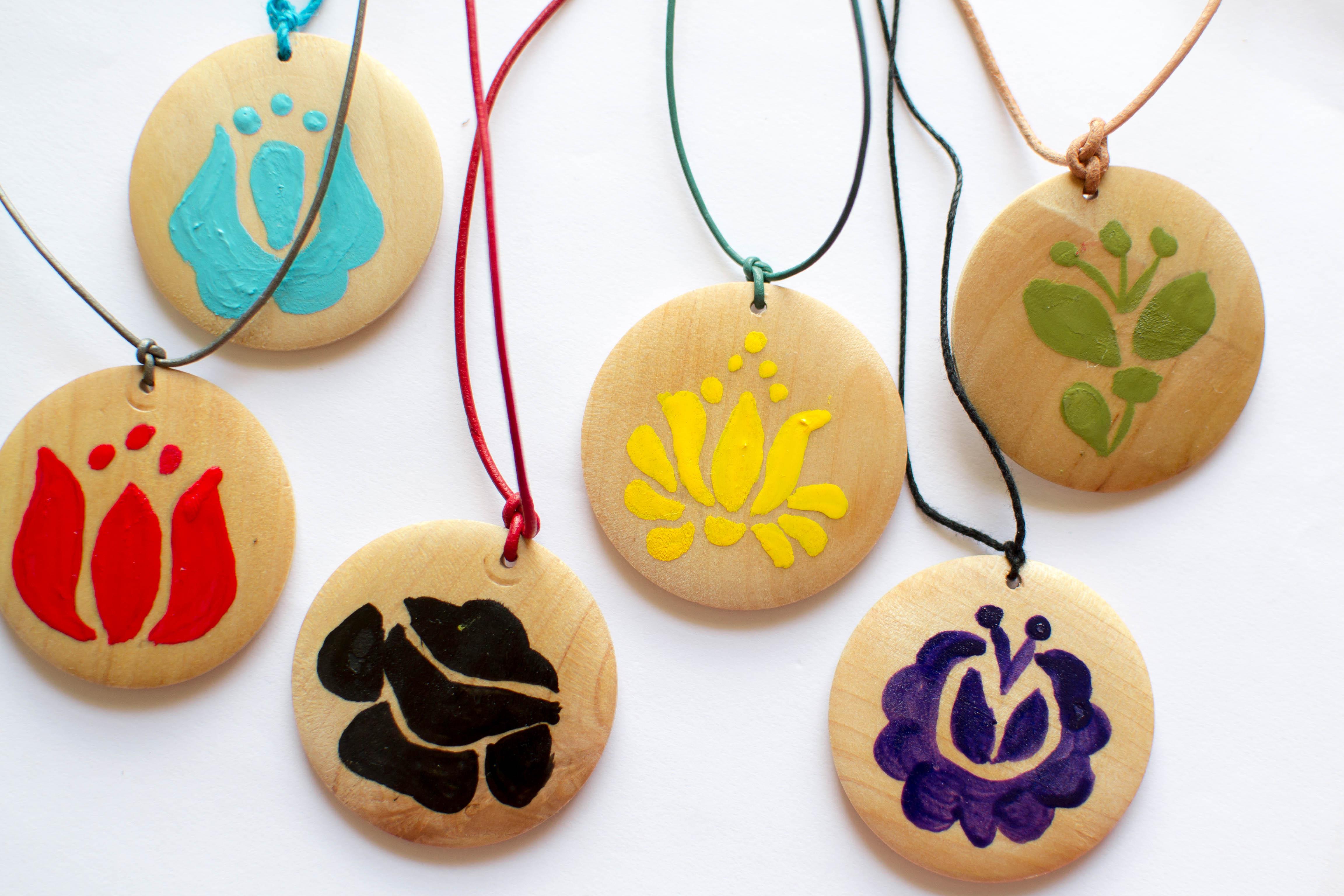 Hungarian Christmas Crafts