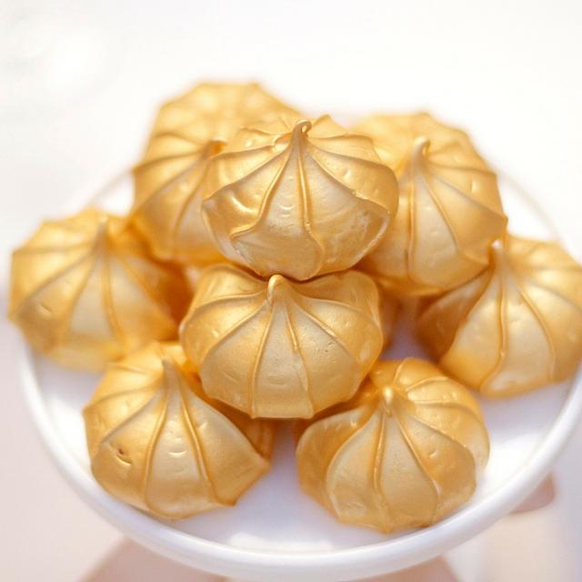 Gold Shimmer Meringues