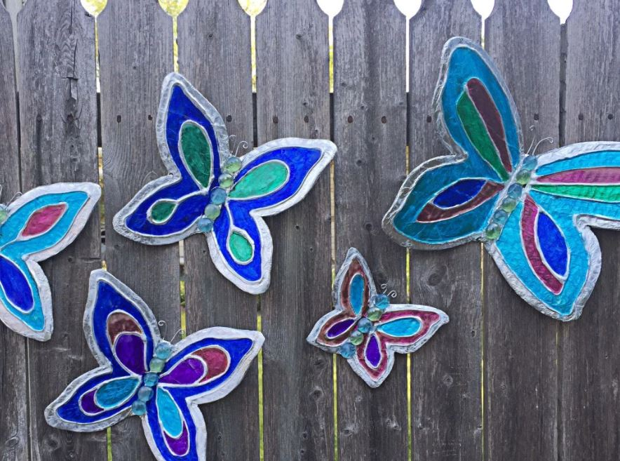 Summer Crafts: 15 Pretty Paper Butterfly Projects