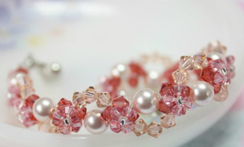 Entwined Pearl and Petal Bracelet