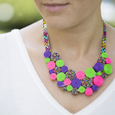 duck-tape-diy-necklace_Large400_ID-883523