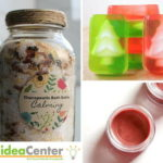 Homemade Christmas Gifts: DIY Bath Products for the Holidays