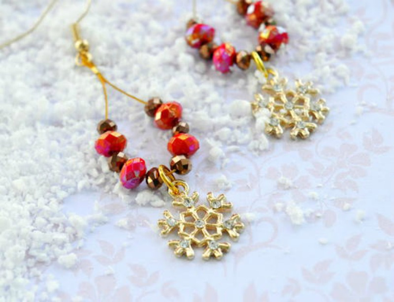 Ornaments For Your Ears: 12 DIY Earring Patterns For