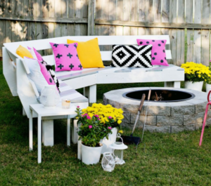 Curved DIY Fire Pit Bench