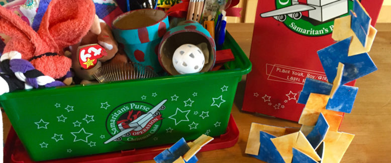 Operation Christmas Child Craft: No-Sew Fabric Building Set