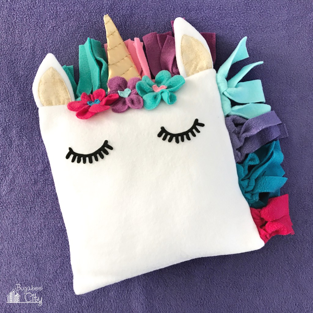 DIY Fleece Unicorn Pillow