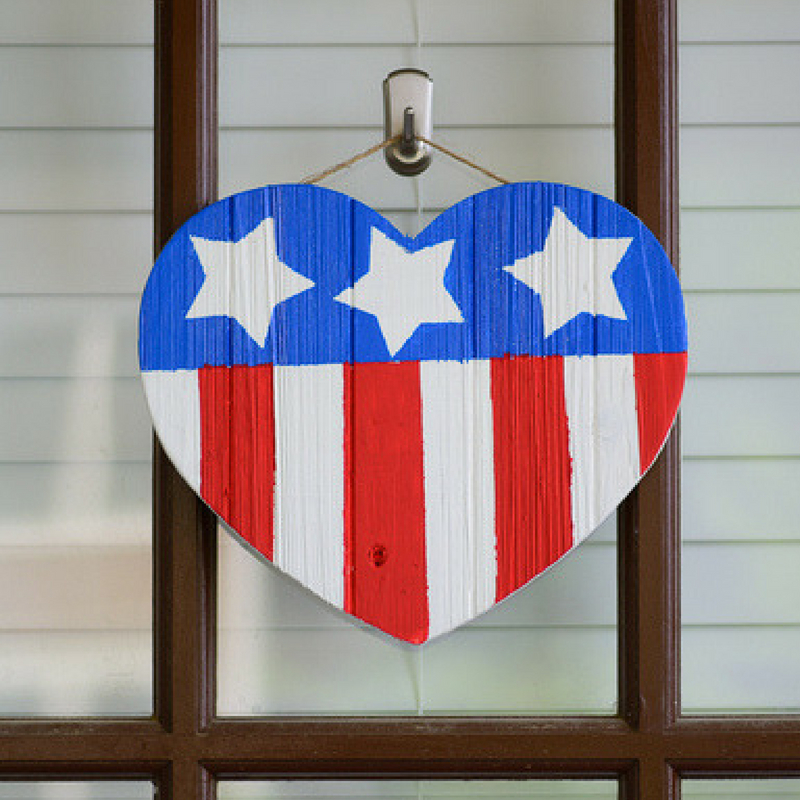 19 Diy Fourth Of July Decorations For Your Home Craft Paper Scissors